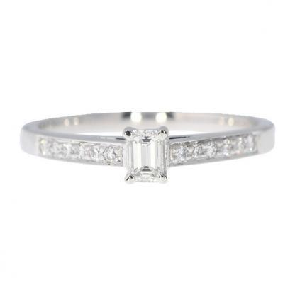 Emerald Cut with Diamond Shoulders