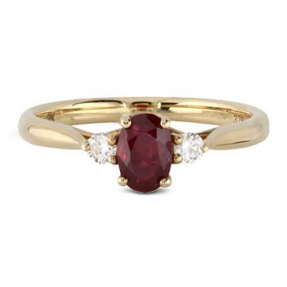 yellow gold ruby 3 stone